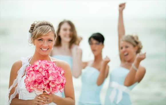 Como Não Fazer Feio Quando Madrinha de um Casamento