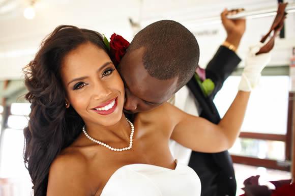 Dicas para a Noiva Negra Arrasar na Cerimônia