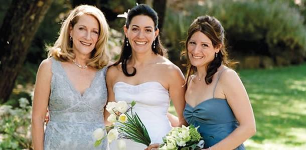 Como a Mãe da Noiva Deve se Apresentar no Casamento