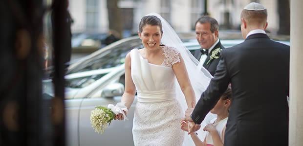 A Entrada Triunfal da Noiva na Igreja Requer Algumas Regras