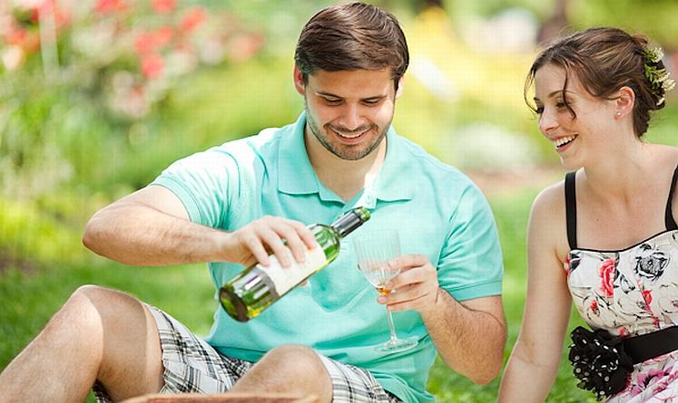 Como o Homem Deve Agir Quando Ficar Noivo
