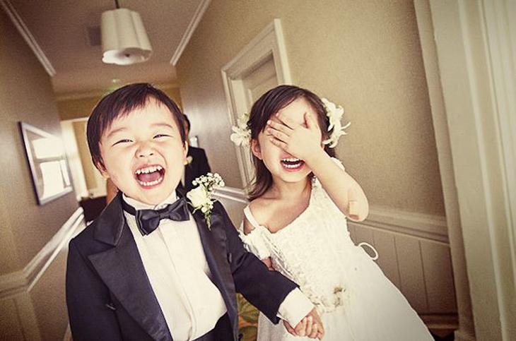 Na Hora de Vestir as Crianças para o Casamento...